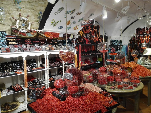 THE RICHES OF ALGHERO: CORALS, WINES, AND MORE